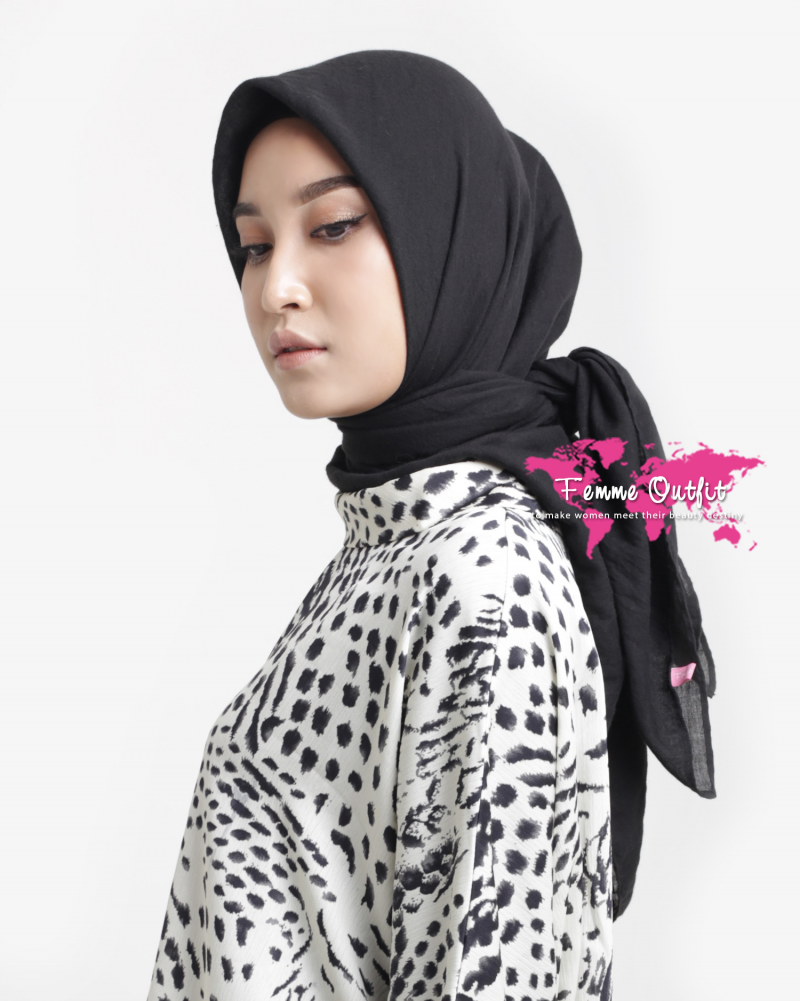 Tyrex Shawl Square Black